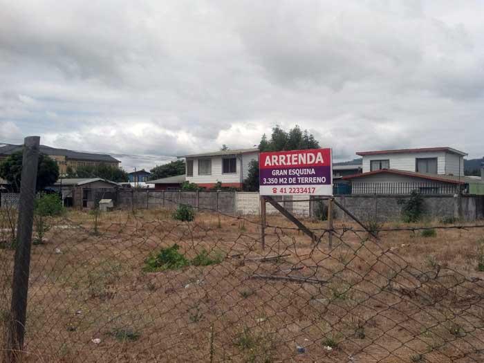 Fotografía de un terreno en arriendo en la comuna de Chiguayante, Región del Bio Bio, Chile.